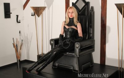 Mistress Eleise on Her Throne