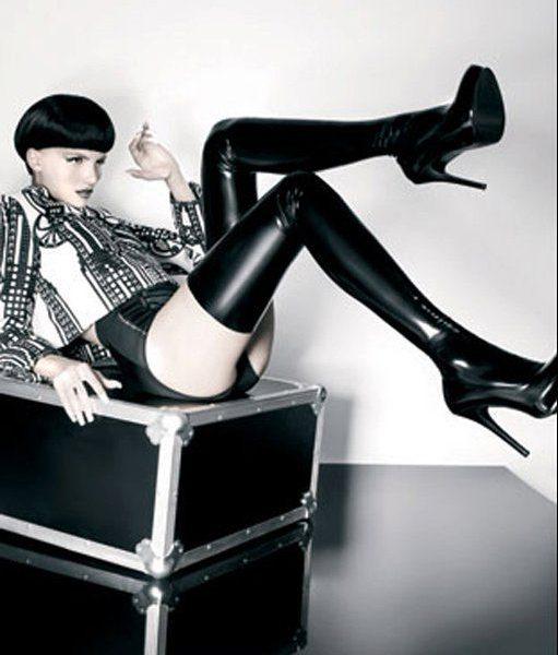 f6a169c74405917fb7c8beedc39795cc--fetish-fashion-latex-fashion[1]