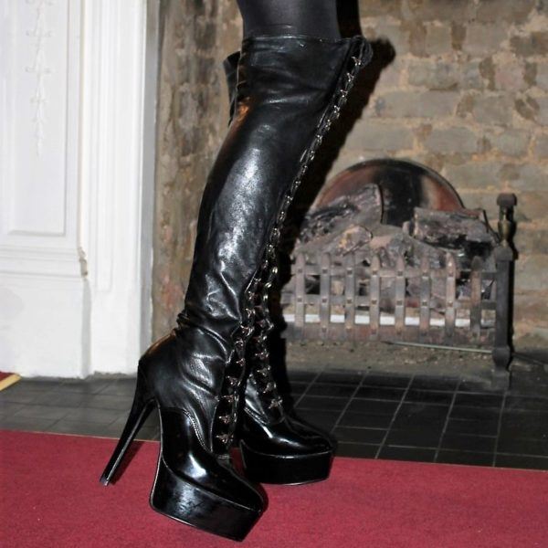new lace up boots (1)